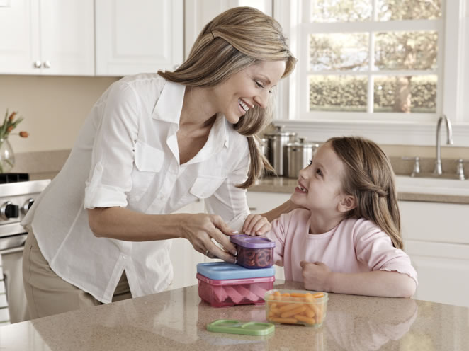 should mothers work or stay at